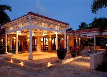 book ANTIGUA hotels for your visit